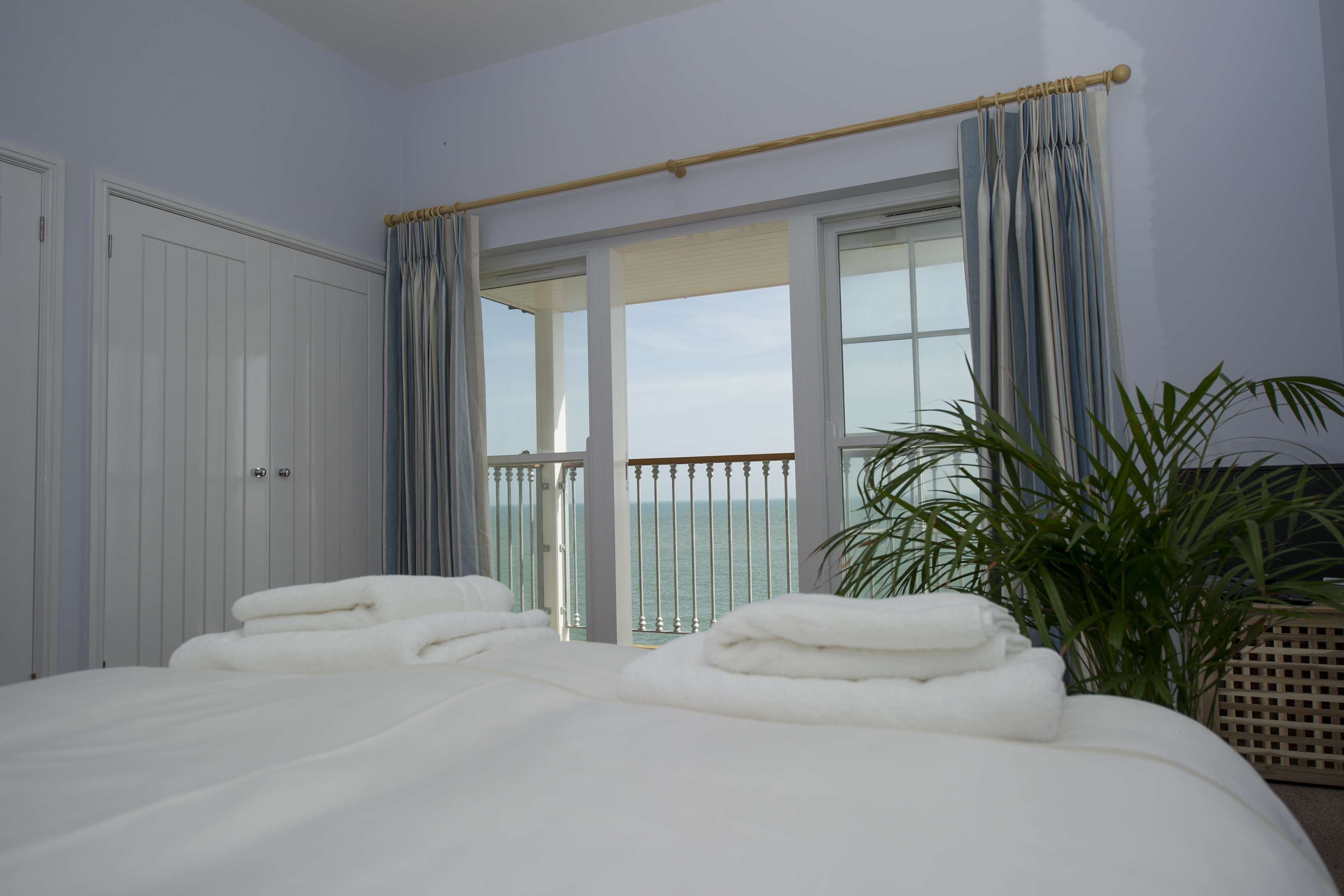 Beach Houses - Bedroom